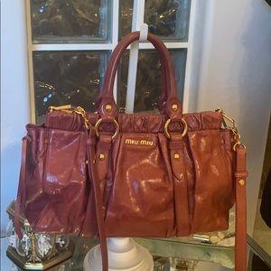 🤩Wow Miu Miu Wine Colored Two Way Bag